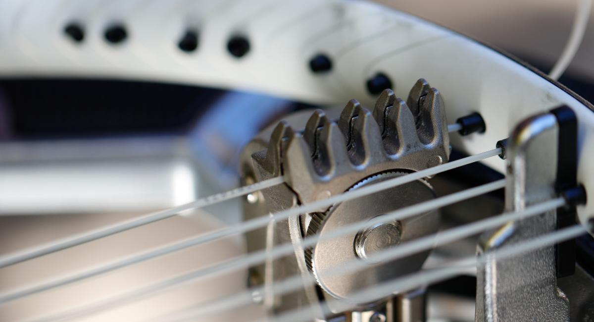 Tennis Racquet Stringing Machine